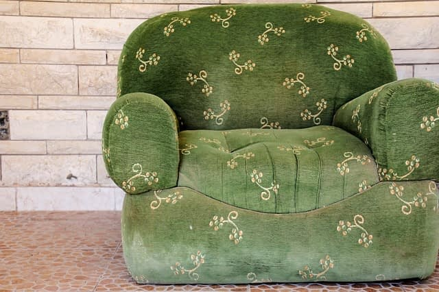 Quick And Easy Upholstery Cleaning Tips Zen Carpet Cleaning